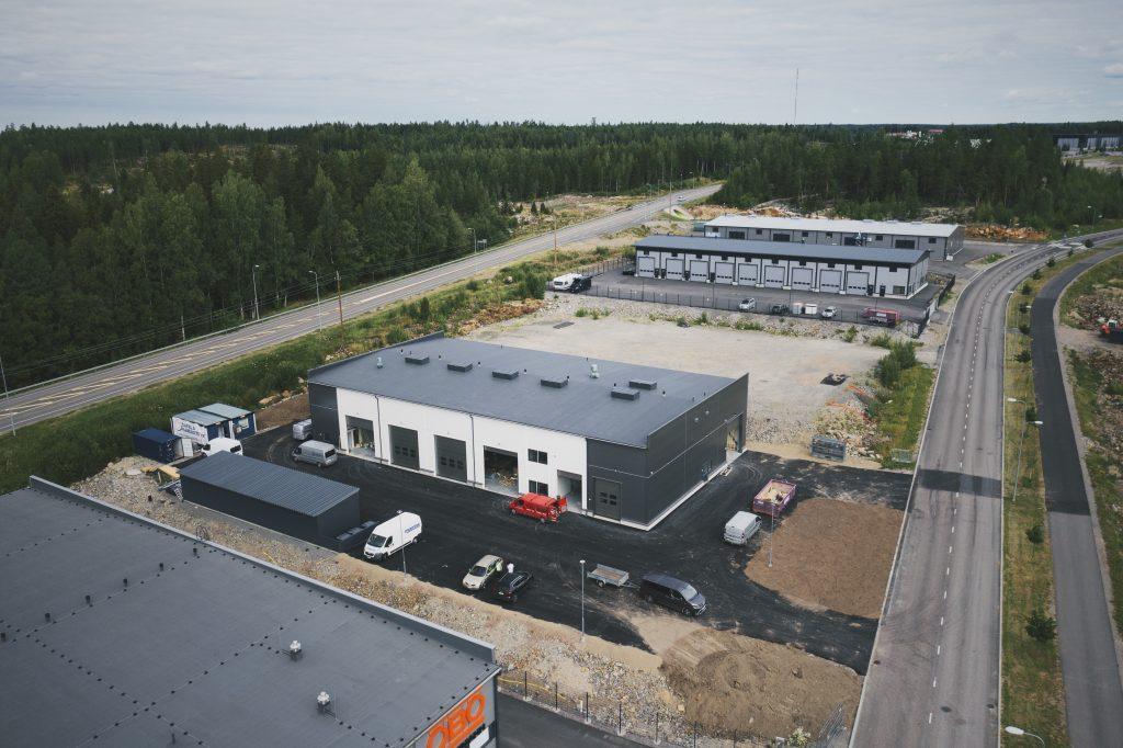 Sakela Rakennus Oy:n rakentama uusi toimitila Nurmijärvi LVI suunnittelu Planius